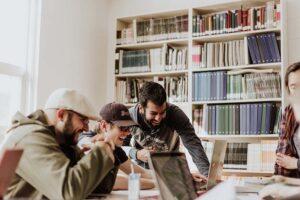employees using social media in office
