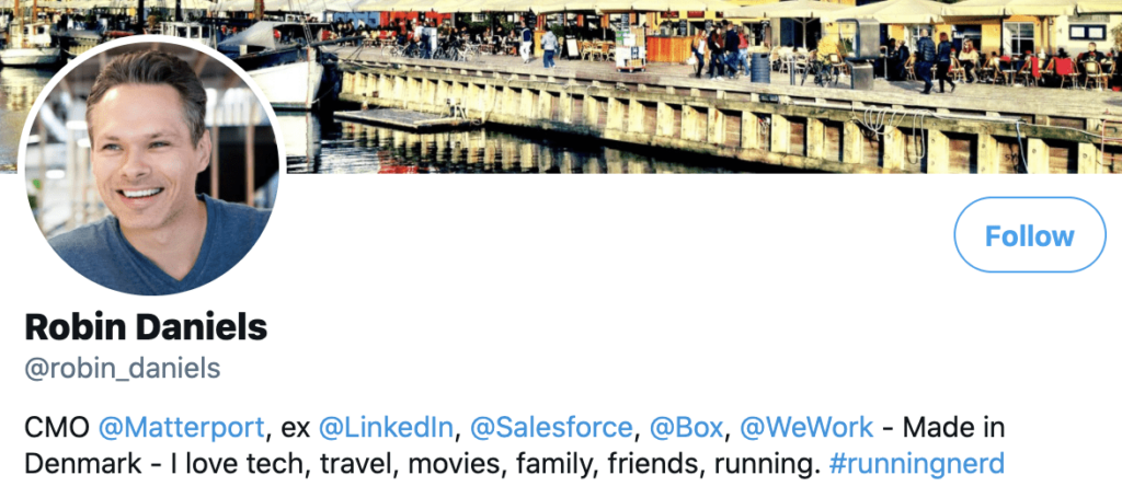 Personal brand statement example from Robin Daniels' twitter bio